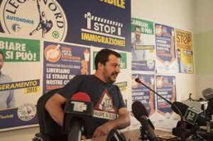 """""""Salvini? Vietategli le magliette-slogan in tv"""". Loris Mazzetti, dirigente Rai"""