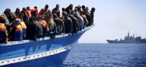 """Matteo Salvini: """"Migranti vanno fermati o ci sarà grande caos"""""""