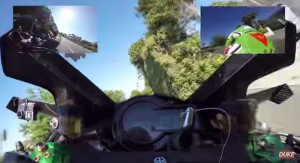 VIDEO YouTube - Kawasaki H2R fa nuovo record su Isola di Man: 331,2 km/h