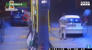 VIDEO YouTube - Mario Di Fiore uccide benzinaio: il pieno costava troppo