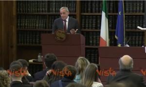 Video YouTube: gaffe di Pietro Grasso su Mengoni, lo chiama Mario