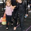 Brad Pitt, Angelina Jolie e famiglia vacanze in Francia17