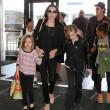 Brad Pitt, Angelina Jolie e famiglia vacanze in Francia04