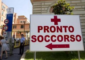Reggio Emilia, donna di 28 anni va al pronto soccorso e muore