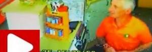 Assaltano distributore: il benzinaio ex pugile li prende a mazzate
