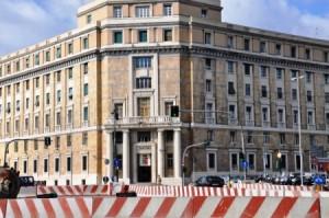 Genova, corvo in Questura: notti brave di un poliziotto e l'arresto di Marietto Rossi