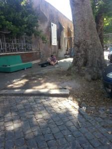 Roma, sesso a Trastevere in pieno giorno: uomo identificato e denunciato