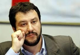 """Salvini contro Fedez: """"Nervosetto, gli farebbe bene leva militare"""""""