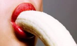 Sesso orale nel bagno della scuola, studentessa accusa compagno ma ...