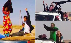 Video YouTube, la gioia delle siriane fuggite all'Isis: gettano le vesti nere