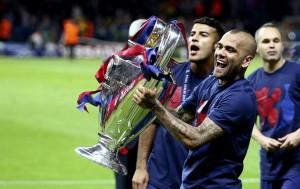 Calciomercato, Dani Alves rinnova col Barcellona: niente Milan