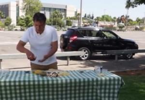 sole cocente cucina pizza: spot  per genitori che dimenticano figli in auto