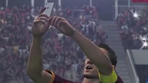 VIDEO YouTube - Francesco Totti, selfie al derby finisce su Pes 2016