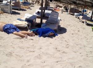 Tunisia, sparano sui turisti:  morti. Secondo attentato dopo il Bardo