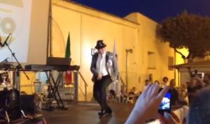 Francesco Ventola, neo eletto Regione Puglia mantiene promessa e balla moonwalk