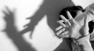 Roma, scambia cameriera per prostituta. Lei dice no, lui prova a violentarla