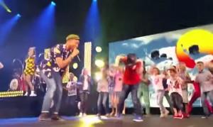 VIDEO YouTube - Pharrell Williams, sul palco bimbo di 7 anni che balla Jacko