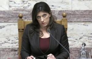 """Zoe Kostantopoulou, la """"Boldrini greca"""" non si arrende al sì e fa ostruzione"""