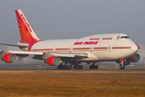 Air India, topo a bordo: atterraggio di emergenza per il volo New Delhi-Milano