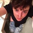Il selfie di Arisa dal bagno