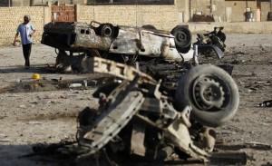 Iraq, bomba al mercatod di Khan Beni Saad:  40 morti