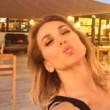 Barbara D'Urso racconta le vacanze: selfie sull'aereo e scherzi con gli amici