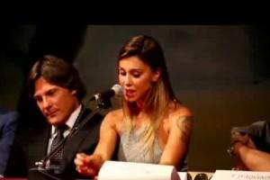 VIDEO Belen Rodriguez da pantera a romanticona. Segnale per Stefano De Martino?