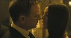 """Spectre"""" il trailer ufficiale: Monica Bellucci doppia se stessa"""