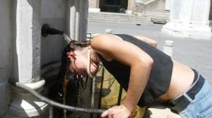 Meteo, ancora caldo da martedì 21 luglio: 10 regole per difendersi dall'afa