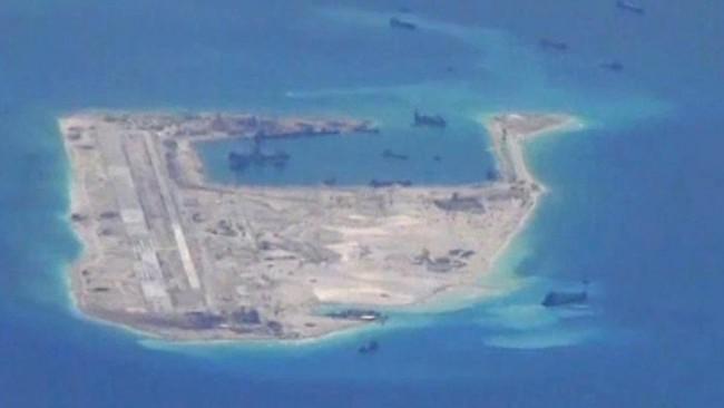 Cina, completata pista atterraggio per aerei militari su isole contese di Spratili