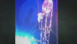 VIDEO YouTube - Acrobata precipita da 7 metri durante spettacolo al Circo