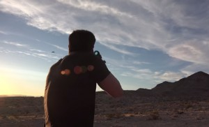 VIDEO YouTube - Dan Bilzerian usa i droni per il tiro al piattello