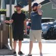 Leonardo DiCaprio: barba e capelli lunghi, look trasandato a Los Angeles FOTO4