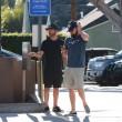 Leonardo DiCaprio: barba e capelli lunghi, look trasandato a Los Angeles FOTO3
