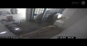 VIDEO YouTube - El Champo Guzman, evasione ripresa in cella. Va alla doccia e...