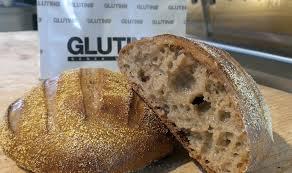 Celiaci: prodotti senza glutine ma pieno di zuccheri, additivi, olio di palma