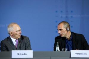 Grecia, Varoufakis: il piano di Schaeuble era acuire la crisi greca