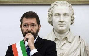 """Ignazio Marino: """"Trovai un Pd marcio. Renzi mi sostiene"""""""