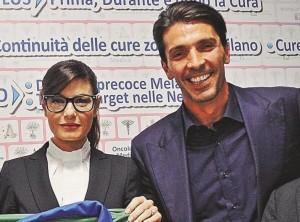 Gigi Buffon e Ilaria D'Amico, bambino in arrivo? Foto di Diva e Donna non lasciano dubbi