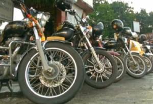 India, bikers protestano contro feticidio e percorrono 3mila km in moto