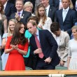 Kate Middleton e William nel box reale a Wimbledon: duchessa sfoggia vestito rosso3