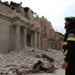 L'Aquila, tangenti per la ricostruzione passavano da un'agenzia di incontri