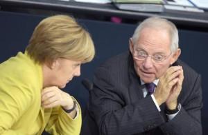 Grecia, accordo fatto: Tsipras-Varoufakis separati. Merkel non può con Schaeuble