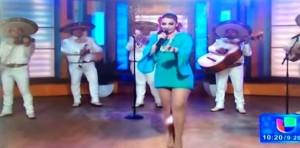 VIDEO YouTube, Patricia Navidad: cantante perde assorbente in diretta tv