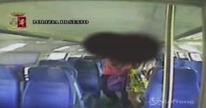 Violenza sessuale sul treno Livorno-Pisa: VIDEO incastra ventenne. Arrestato