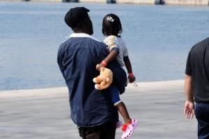 Bimba siriana diabetica morta su barcone: le hanno gettato in mare zaino insulina