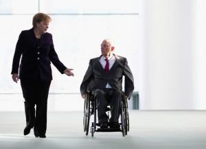 """Grecia. Bundestag vota salvataggio. Trionfo Schaeuble in aula: """"No taglio debito"""""""