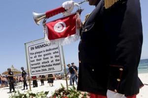 Tunisia approva nuova legge antiterrorismo: c'è anche pena di morte