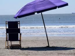 Italiani tornano in spiaggia: boom per Campania e Sicilia, presenze su del 30%