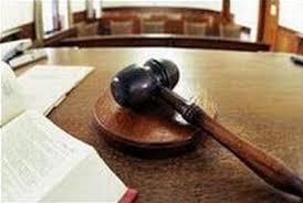 Lecce, avvocata chiede rinvio per fare la chemio: giudice respinge poi si scusa